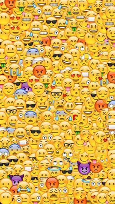 Emoticones/emojis shared by celestino_ani on We Heart It Emoji Wallpaper Iphone, Funny Phone Wallpaper, Pop Art Wallpaper, Graffiti Wallpaper, Cute Disney Wallpaper, Iphone Background Wallpaper, Aesthetic Iphone Wallpaper, Cartoon Wallpaper, Wallpaper Desktop