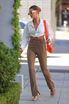 Celebrity Outfits, Trendy Outfits, Celebrity Style, Cute Outfits, Fashion Outfits, Look Fashion, Fashion Models, Autumn Fashion, Hailey Baldwin Style