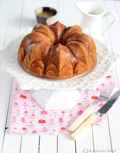 Bundt Cake de avellana con salsa toffee