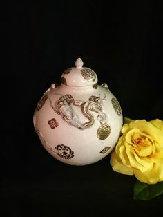 Antique Meiji Period Japanese Export Earthenware Vase W/ Floral Decoration Rich In Poetic And Pictorial Splendor Antiques Asian Antiques