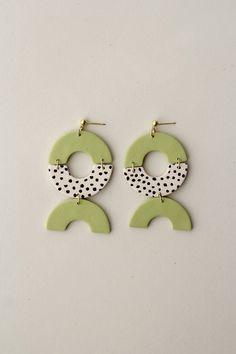 Diy Clay Earrings, Polymer Clay Necklace, Earrings Handmade, Dangle Earrings, Diy Statement Earrings, Diamond Earrings, Clay Ornaments, Clay Design, Bijoux Diy