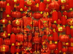 """liu bolin galerie paris #beijing - camouflage photo-performance images called """"hiding in the city"""""""