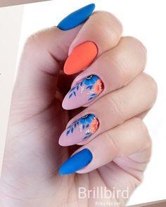 Matte blue and coral nails Diva Nails diva nails and havana Pastel Nails, Blue Nails, My Nails, White Nails, Coral Nail Art, Shellac Nails, Acrylic Nails, Diva Nails, Cute Nail Art