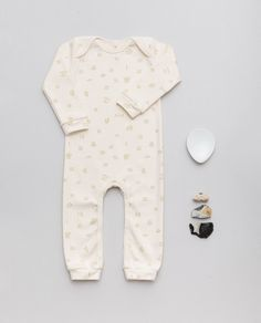 Beloved all in ones, Baby essential sleepwear styles to meet their changing needs, softest organic cotton, GOTS. Water of Life - Sage-green all over print on natural unprocessed cotton (natural color of cotton, slightly creme) . #goodvibes #biobaby #organicbabyclothes #öko #biobabykleidung #biobaumwolle #biologique #organic #organik #bébébio #bébés #allinones #onesies Organic Baby Clothes, Baby Kids Clothes, Sleeping Gown, Overall, Baby Essentials, Organic Cotton, Onesies, Rompers, Sage