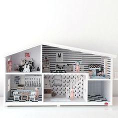 Mini Modern Dolls House
