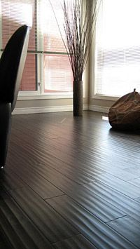 Low Gloss: Satin or Matte or Low Luster Lower gloss finishes will help to reduce the appearance of minor scratches Hardwood Floor Colors, Hardwood Floors, Wood Flooring, Scratched Wood Floors, Build Direct, Walnut Floors, Wide Plank, Feng Shui, Home Projects