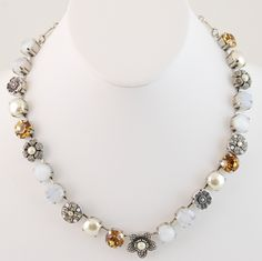 Mariana Necklace - Pearls
