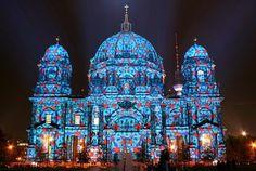 今年で8回目になる、ベルリンで行われる光の祭典。10月9日〜20日の間に開催され、期間中60万人も動員する大イベントです。再統一...