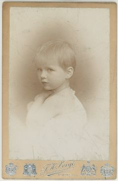 """carolathhabsburg: """"Pss Helena of Greece, later Queen of Romania """" Romanian Royal Family, Greek Royal Family, Vintage Photographs, Vintage Photos, Greek Royalty, Victorian Photography, Grand Duchess Olga, Before Marriage, Timeless Beauty"""