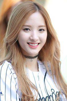 WJSN - Bona 보나 ( Kim JiYeon 김디연) #우주소녀 #예쁜미소