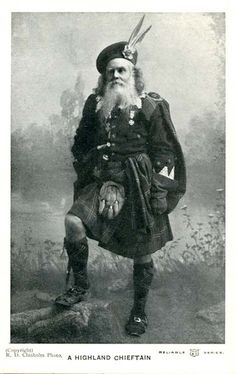 WR&S Postcard   -  A Highland Chieftain