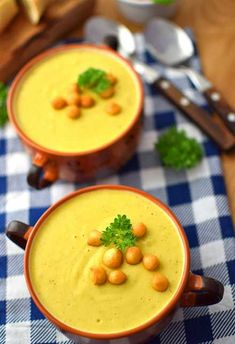 Soup Recipes, Recipies, Healthy Recipes, Lunch To Go, Soup And Salad, Cheeseburger Chowder, Thai Red Curry, Food And Drink, Meals