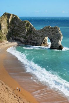 Durdle Door in West Lulworth, Dorset England Places Around The World, Oh The Places You'll Go, Great Places, Places To Travel, Places To Visit, Around The Worlds, Jurassic Coast, Dream Vacations, Beautiful Beaches