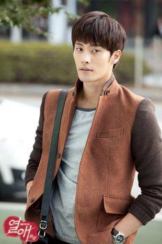 [ 2 PHOTOS : SET #2 ] #PassionateLove #열애 #SungHoon @bbangSH83 #성훈 Fighting !! Passionate Love Success !! Credit : Thank you SBS FACEBOOK : www.facebook.com/SungHoonBang.FanPage Tumblr Website :...