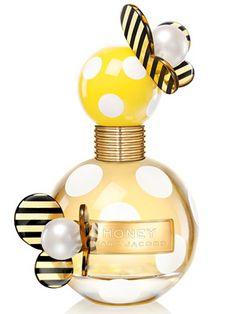 Marc Jacobs Honey    Top notes: pear, fruit punch, mandarin  Heart: orange blossom, honeysuckle, peach  Base: honey, vanilla, woods