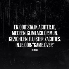 "Ik zie je al van in de verte afkomen ala Kseris Kati? Epidi ise mono enas vromopoustas apo toes polous you're already lose since your stupid ass betrayed the words ""Game Over"" Because if I was playing you've finished the game you couldn't handle loser Karma Quotes, Sarcastic Quotes, Words Quotes, Me Quotes, Funny Quotes, Sayings, Qoutes, Best Quotes Ever, Word Sentences"