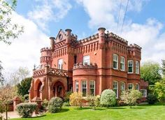 Edwardian castle in Hertfordshire - Country Life