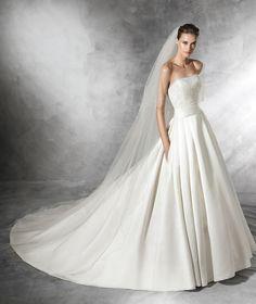 DALAMO - Princess wedding dress with strapless neckline   Pronovias