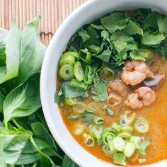 Thaise rode curry soep met garnalen, zo lekker!