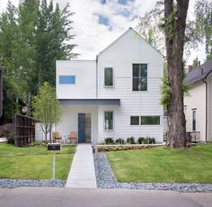 Aspen home by Rowland + Broughton takes cues from historic neighbours
