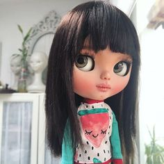 Aya, rainy day  #erregiro #erregirodolls #bigeyes #blythe #doll #boneca #muñeca #custom #blythedoll #carving #poupée #makeup #sculpt #maquillaje #instadoll #haircut #手首 #ブライズ #fashion #moda #ブライスドール #art #diseño #design #instablythe #arte #arttoy #toy #watermelon #sandía