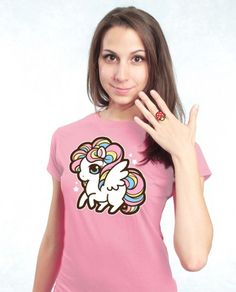 A super soft cotton tee featuring my rainbow pegasus artwork These tops are adorable br br SIZE Small br STYLE Woman's fitted style tee br COLOR Light Pink br SIZE Tasty Peach Studios, Br Style, Pegasus, Cotton Tee, Cool Shirts, Fitness Fashion, Cute Outfits, Rainbow, Style Inspiration