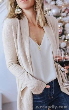 25 Best Women Winter Casual Outfits With Cardigan 25 besten Frauen Winter Casual Outfits mit Strickjacke Bluse Outfit, Cardigan Outfits, Cardigan Fashion, Cream Cardigan Outfit, Cardigan Styles, Winter Cardigan Outfit, Look Fashion, Autumn Fashion, Womens Fashion