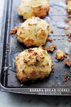 These easy Banana Bread Scones have the sweet and delicious taste of Banana Bread in a scone! This scone recipe is perfect for breakfast or a quick snack. Just Desserts, Delicious Desserts, Dessert Recipes, Yummy Food, Scone Recipes, Scone Recipe Easy, Banana Scones, Easy Banana Bread, Banana Recipes Easy Quick