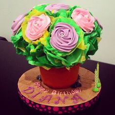 Roses in a bucket by Kleincakegifts