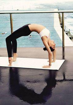 Miranda in the cover of  British Vogue magazine (July 2012) - miranda-kerr Photo