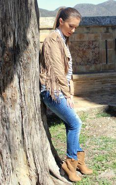 """Hoy en #Buscotuestilo ... """"Cowboy Style""""  https://buscotuestilo.wordpress.com/2015/04/01/cowboy-style-moda/ Nuevo look con uno de los estilos más rompedores de la #primavera  #blog #fashionblogger #estilo #moda #tendencias #cowboy #streetstyle"""