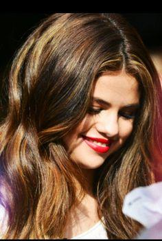 Selena Gomez <3 love the highlights