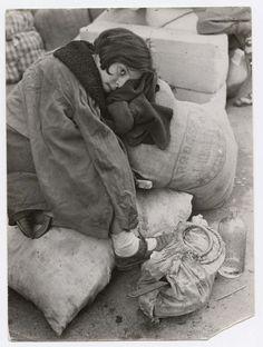 [Young girl at refugee transit center, Barcelona]