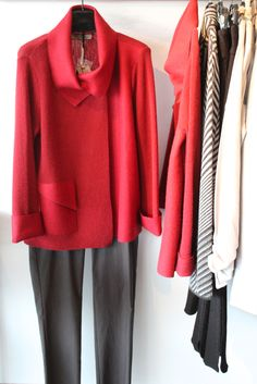 Paletti Boutique SLC  #PALETTI #SLC #fashion #style #sweater #sweaterweather #red #redsweater #outfit #boutique #knit #fallfashion #winterfashion #womensfashion #chic #edgy #classic #modern #advancedstyle