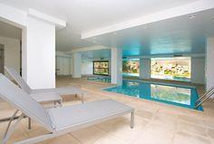 Apartment Palma Mallorca - Immobilien Nova - Ref. 41911 Spektakuläre Duplex-Wohnung / apartment mit ca. 534 m² plus 40 m² überdachter Terrasse, Palma, Mallorca. Große Wohnung in einem fabelhaften Gebäude in Son Armadams, nahe dem Zentrum Palmas. Absolut ruhig gelegen. Das Gebäude hat einen Pförtner, einen großen Garten mit Freibad, ein Hallenbad, einen Fitnessraum, eine Sauna und einen Squashpla. http://www.inmonova.com/de/property/id/519803-apartment-mallorca