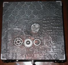 Lid of an altered box
