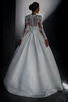 Lace wedding dress. Long sleeves wedding by AutumnSilkBridal on Etsy and in Irvine California!  Gorgeous!