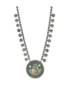 Silver necklace online is the best purchase for those women who love design, elegance and glamour. It is the must have in all jewelry collection. http://www.rajsi.in/products/necklaces.html