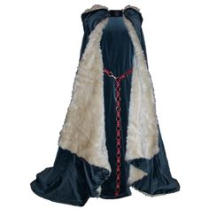 Blue dress with fur-lined cape and hood. Braided waist belt. Fort, Telgar, High Reaches, and Benden garb.