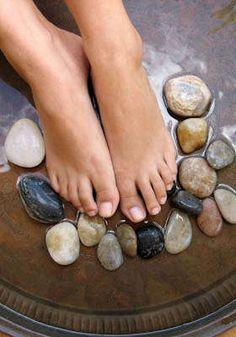 Spa Pedicure: Nails 4 You
