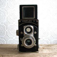vintage uniflex I camera