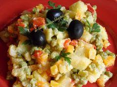 Retete Rina's 90, Retete de peste tot adunate: Salata de boeuf ( falsa ) Veg Recipes, Potato Recipes, Cooking Recipes, Healthy Recipes, Cooking Food, Raw Vegan, Vegan Vegetarian, Vegetarian Recipes, Rina Diet