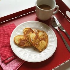 How we do simple special breakfasts: they're not complicated but they're so much fun. A tradition worth trying.