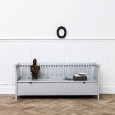 Oliver Furniture storagebench large. For teenagers or adults, in nice Nordic Grey!  Ziezoo! Kinderlifestyle en Design