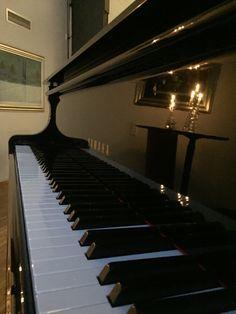 Piano ja kynttilät
