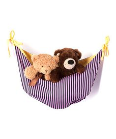 Plush toys can comfortably take it easy while they wait for the next playdate with this charming toy hammock that cleverly adds extra storage without taking up floor space.