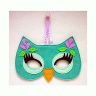 Máscara de corujinha de feltro para carnavel.