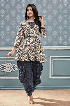 Wholesale Stylish Casual Wear Printed Cotton Short Kurti With Dhoti Short Kurti Designs, Kurta Designs Women, Blouse Designs, Dress Indian Style, Indian Dresses, Indian Wear, Stylish Dresses, Simple Dresses, Indian Designer Outfits
