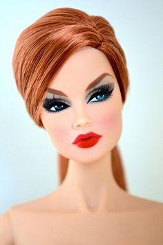 Ooooh! she's pretty awesome too!! Beautiful Vanessa redhead doll