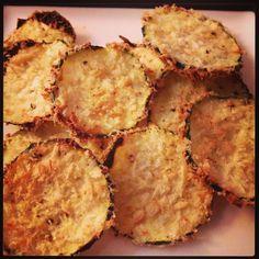 Courgette Chips - I am Cooking with Love Een gezonde variant op gewone chips gebakken in de oven.